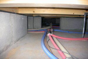 床下からの水漏れ調査